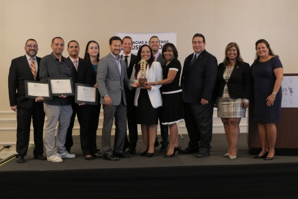 Members of the CooperVision Environmental, Health and Safety team accept 2017 Puerto Rico Manufacturers Association honors, including the Environmental Innovation Project of the Year Award.